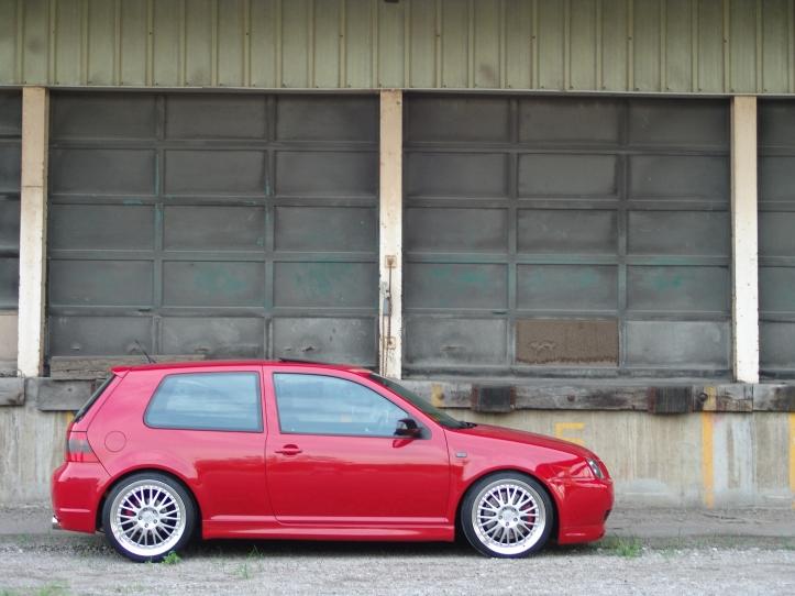 past-cars-2004-R32-1