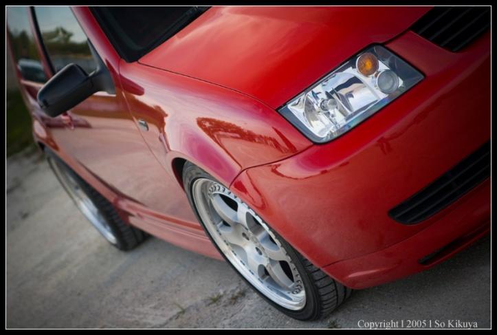 past-cars-2004-R32-3