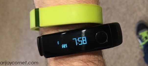 BATTLE! – LG Lifeband Touch and Heart Rate Monitor Earphones versus the Competition