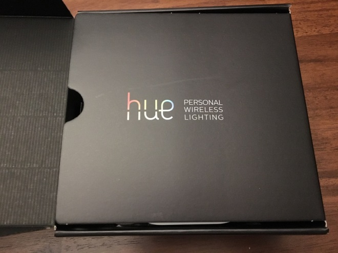 Unboxing the new Philips Hue Color and Ambiance Starter Kit
