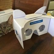 feb2016-VR-unboxing-cardboard-02