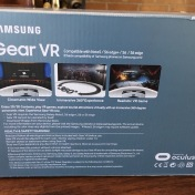 feb2016-VR-unboxing-samsung-02